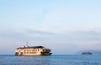 Ai pleca în vacanță cazat la un hotel plutitor?