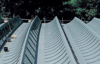 Soluții pentru reconvenționarea acoperișurilor din bitum